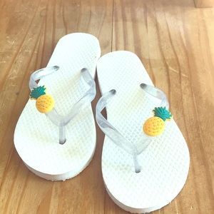 Other - Pineapple flip flops